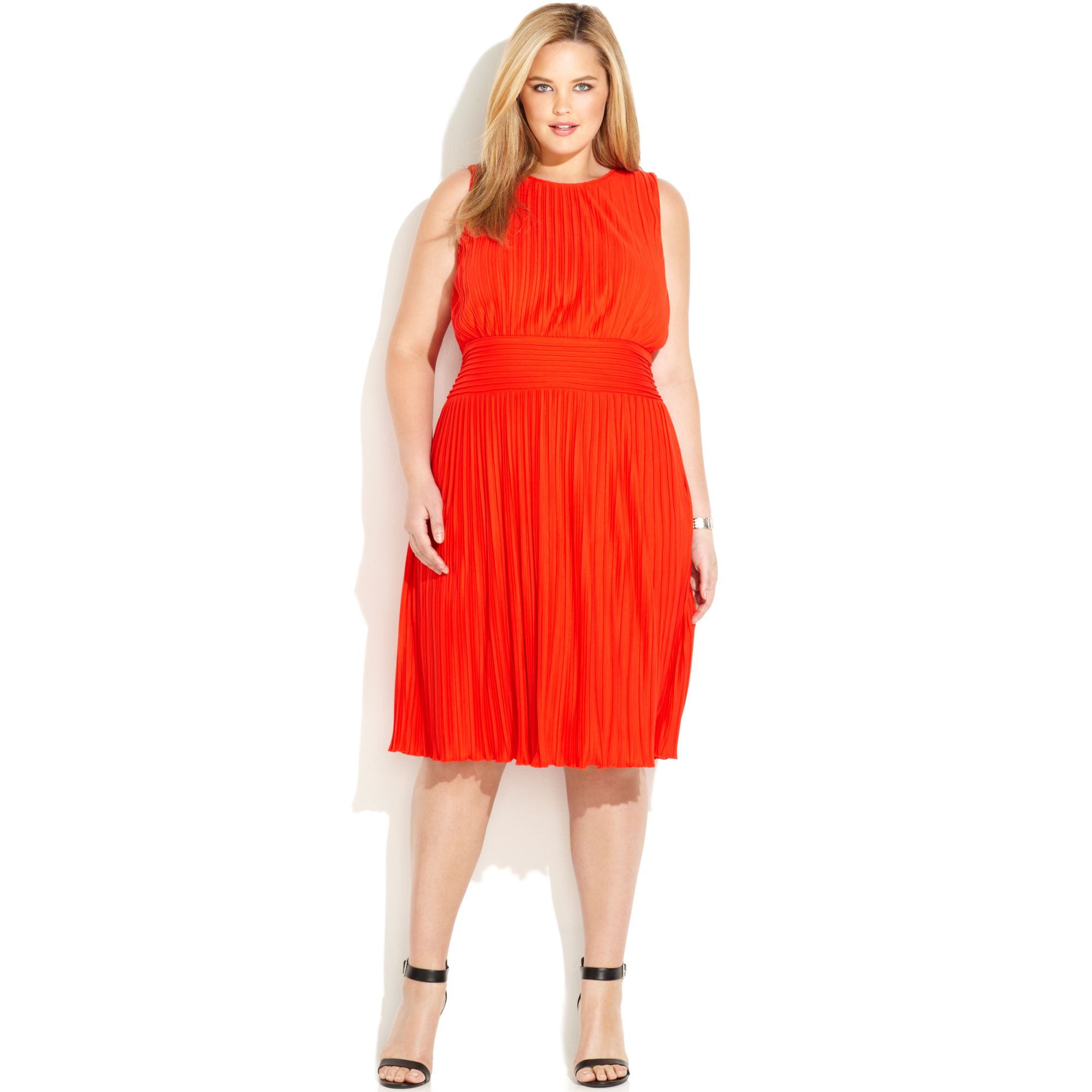 Calvin Klein Plus Size Sleeveless Pleated Dress in Red - Lyst