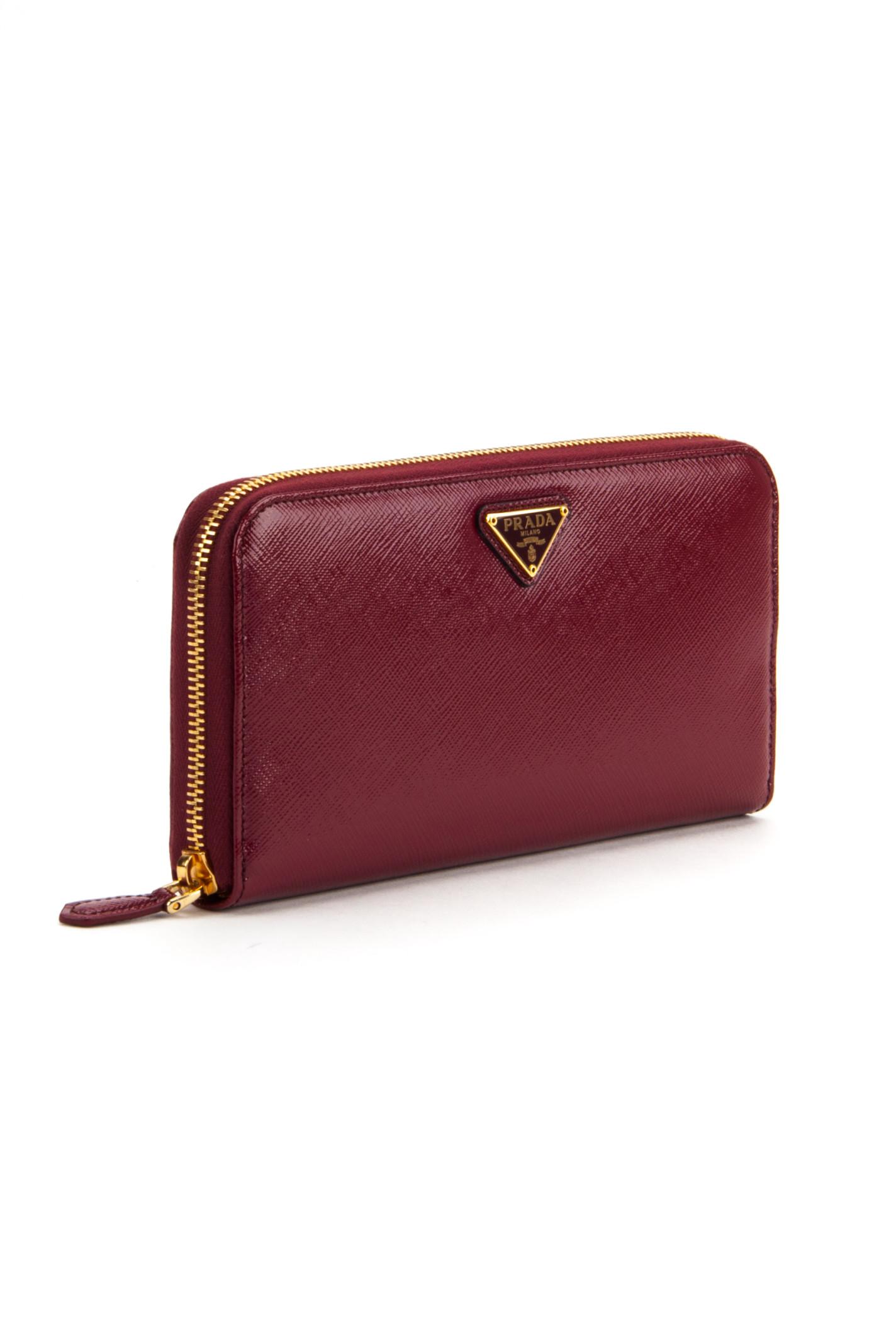 Prada Patent Saffiano Wallet in Purple (CERISE N) | Lyst