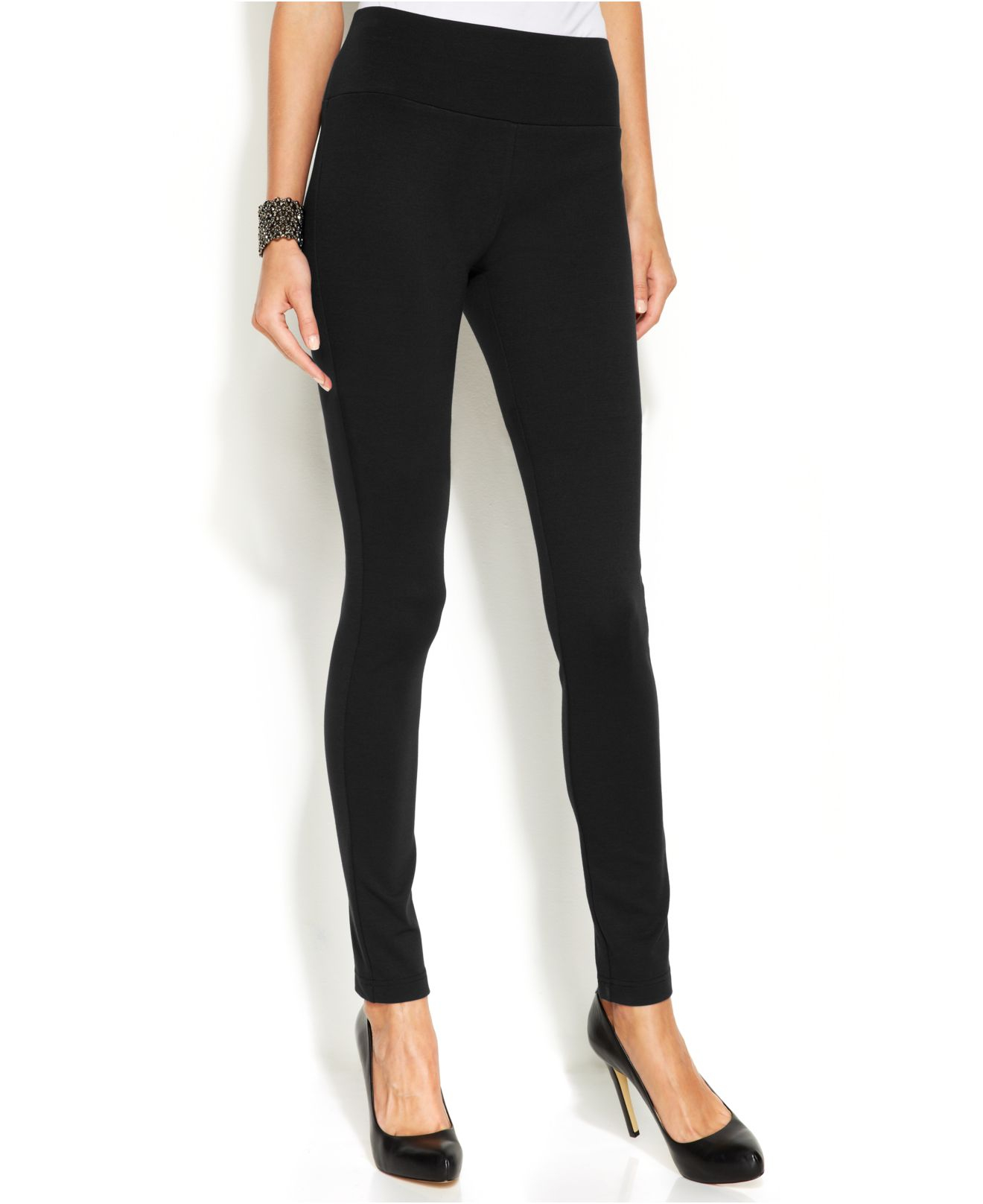 Free shipping on skinny pants for women at private-dev.tk Shop for skinny trousers, ankle pants, sweatpants and more in the latest colors and prints. Enjoy free shipping and returns.