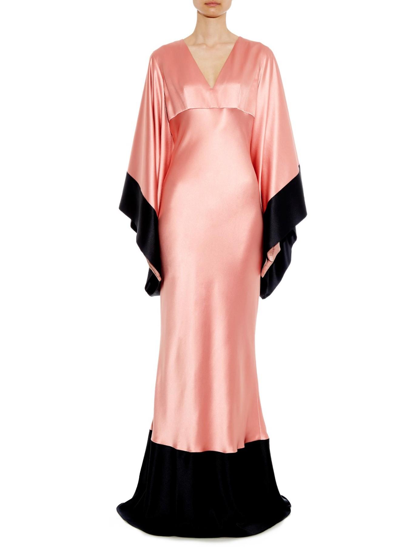 7f37319610d9 Lyst - Alexander McQueen Bi-colour Kimono-sleeve Silk-satin Gown in ...