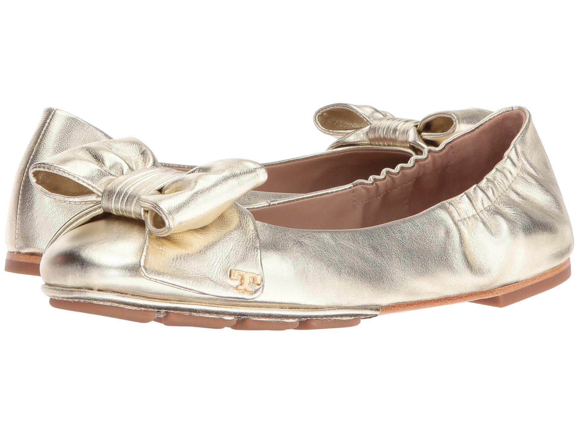 21f1b0f9da1d Lyst - Tory Burch Divine Bow Driver Ballet