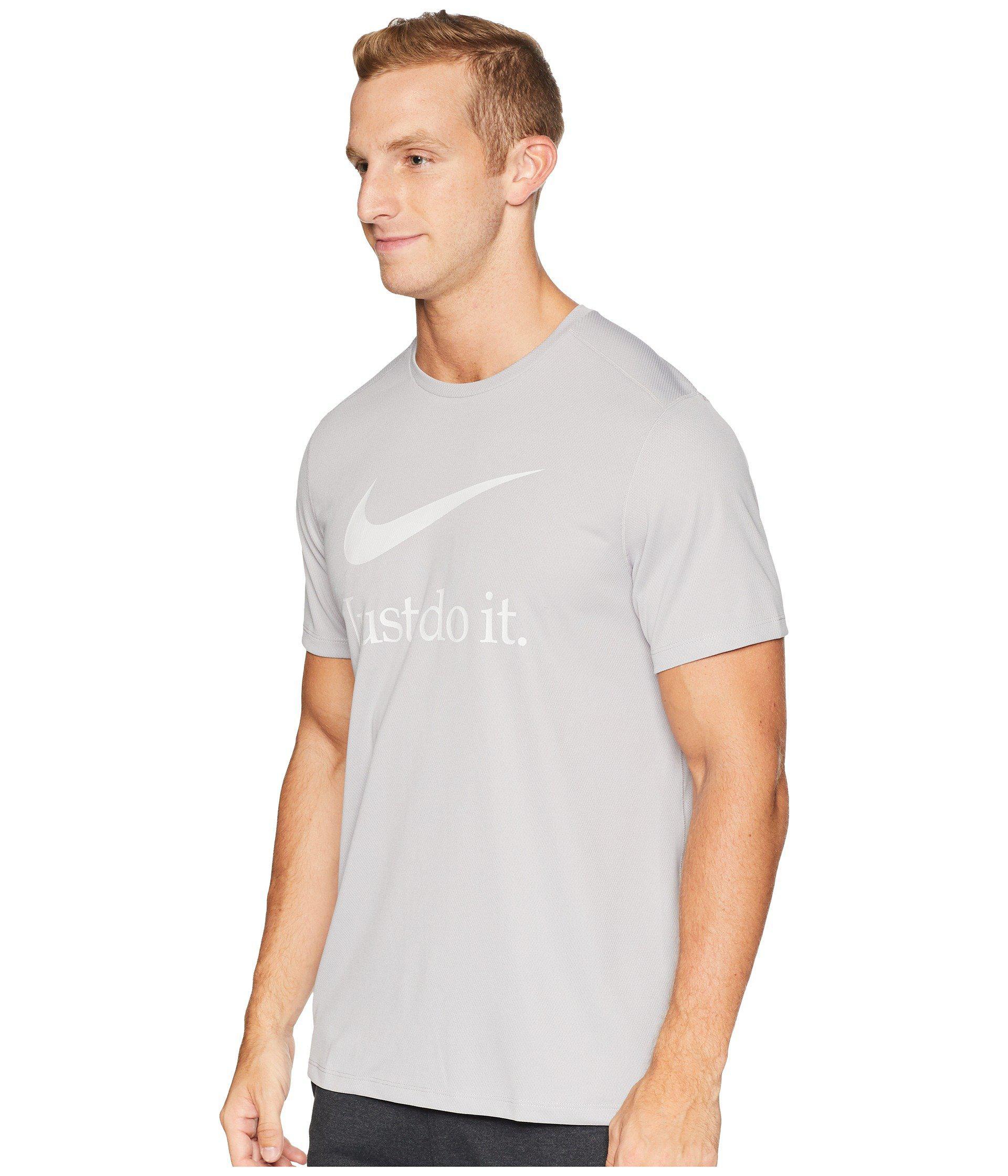 852387bf Lyst - Nike Run Short Sleeve Gx in Gray for Men
