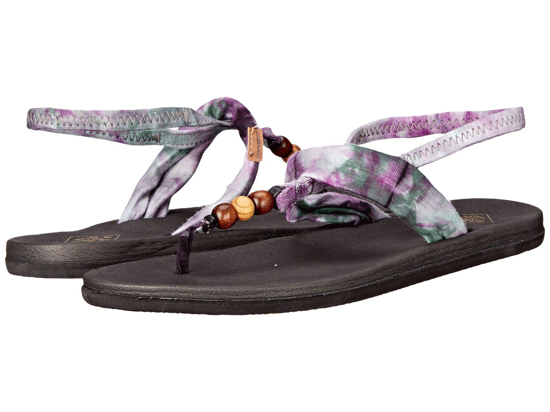 bf04ce5287c Freewaters. Women s Tessa Print