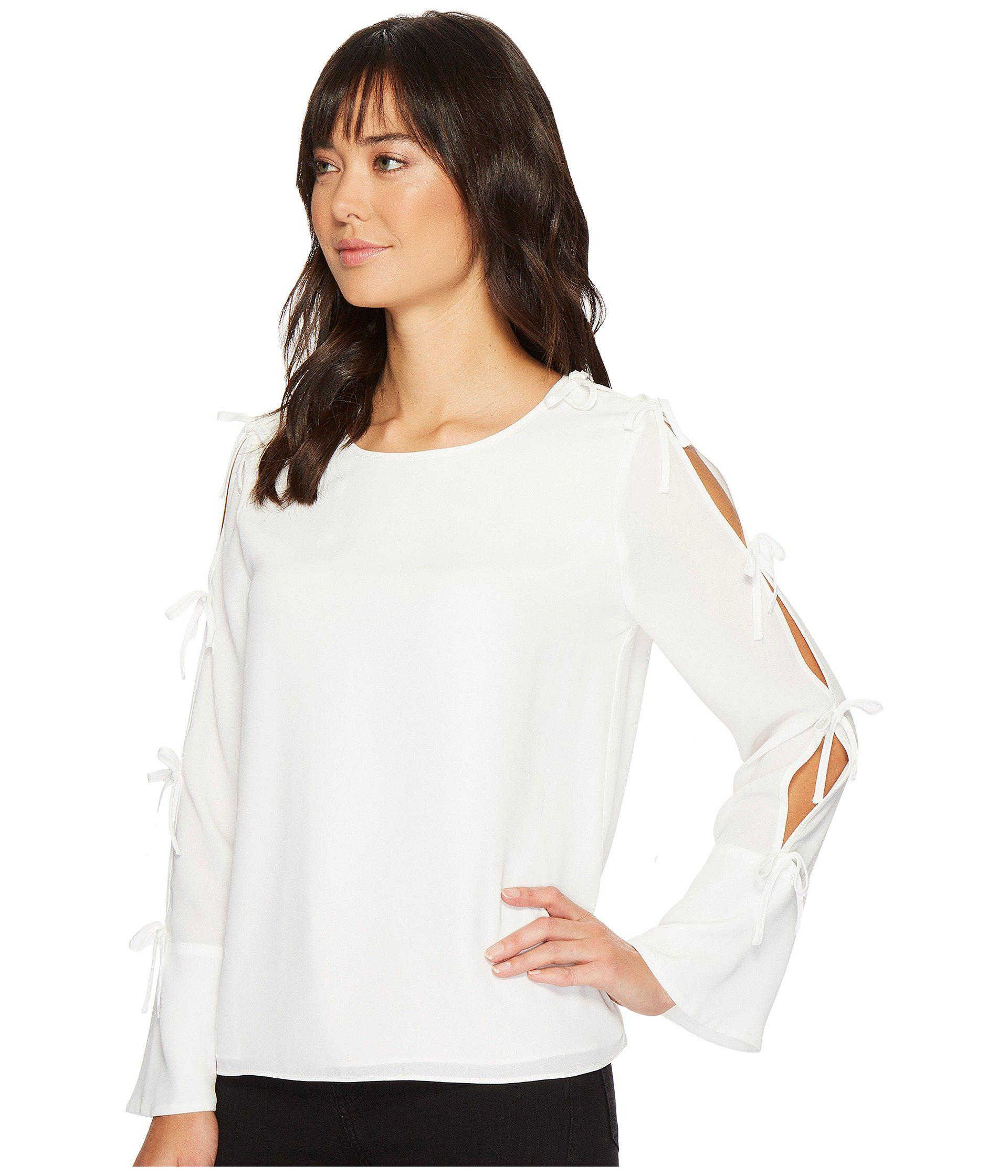 9648444b849e3d Lyst - Cece Long Sleeve Lightweight Crepe Blouse W/ Bow Detail in White