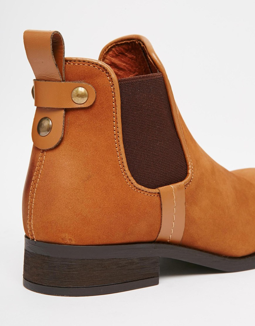 093615fe820 Lyst - Steve Madden Gilte Tan Flat Chelsea Boots in Brown