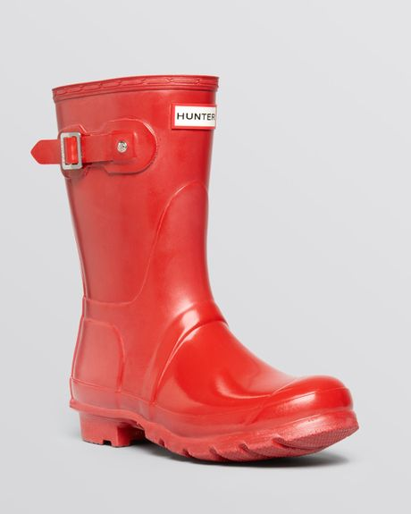 Hunter Womens Original Short Glossy Rain Boots In Red