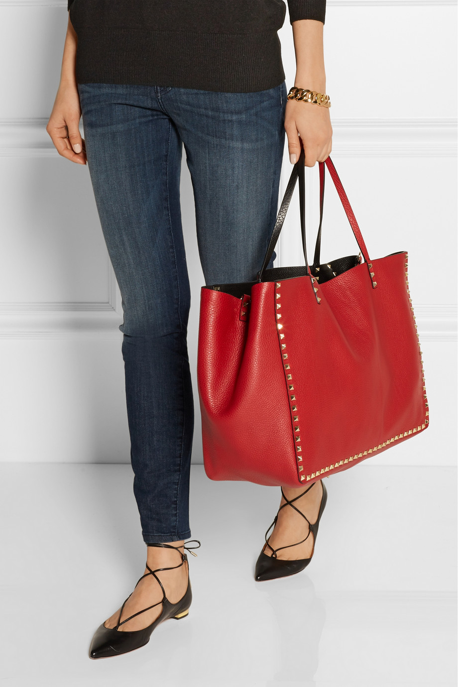 9c1c06ec5a Valentino The Rockstud Reversible Large Textured-Leather Trapeze Bag ...