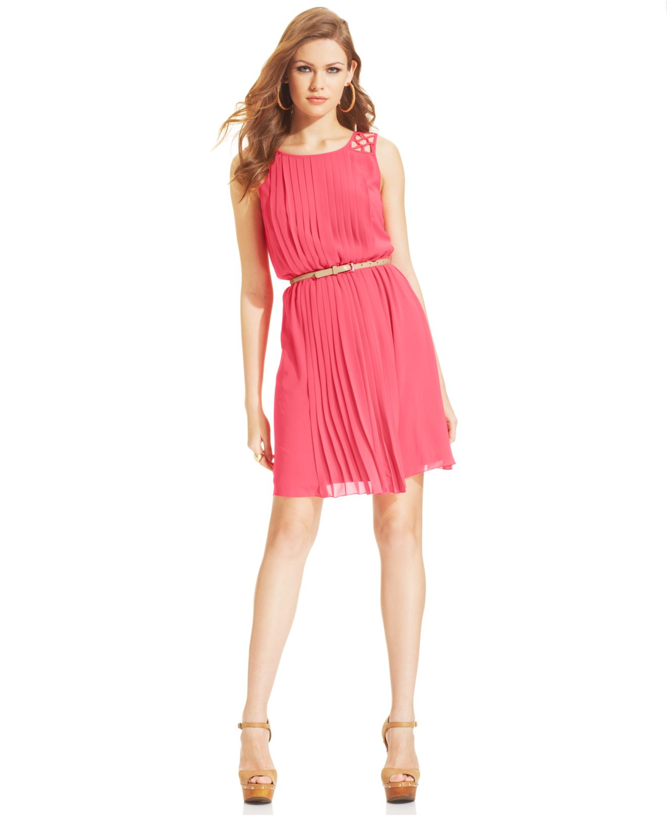 Jessica Simpson Sleeveless Belted Pleated Dress In Pink