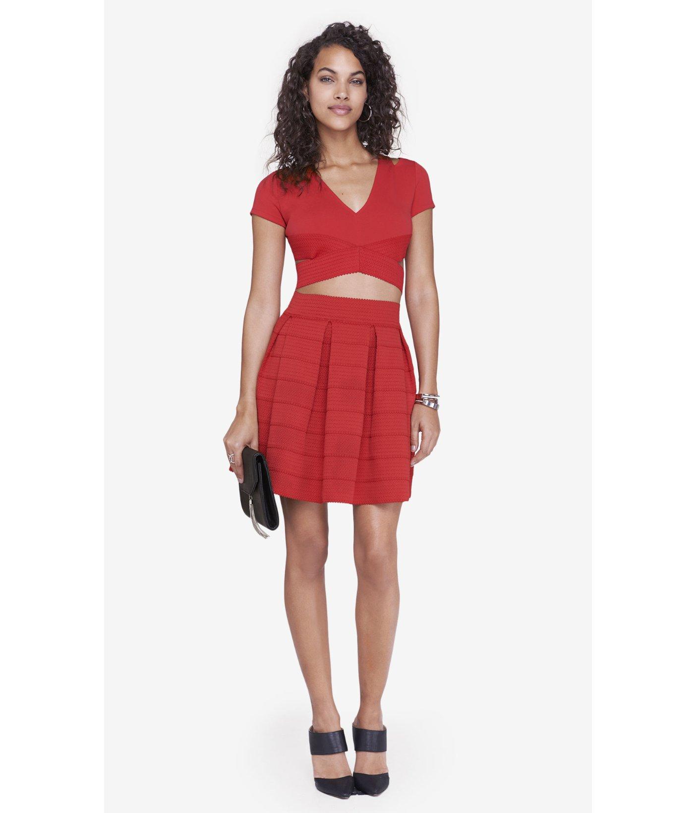 express high waist elastic skirt in
