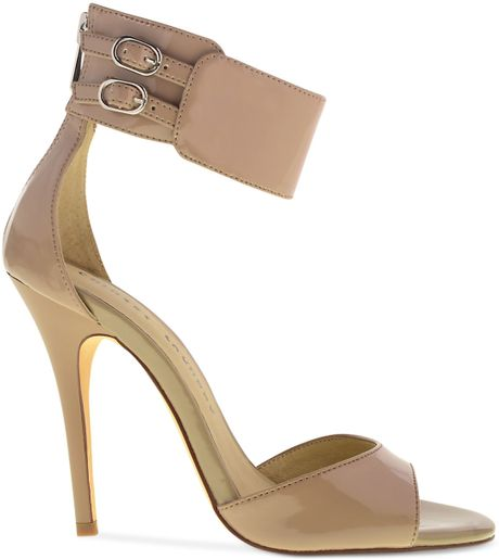 Chinese Laundry Joyous Sandals In Beige Nude Patent Lyst