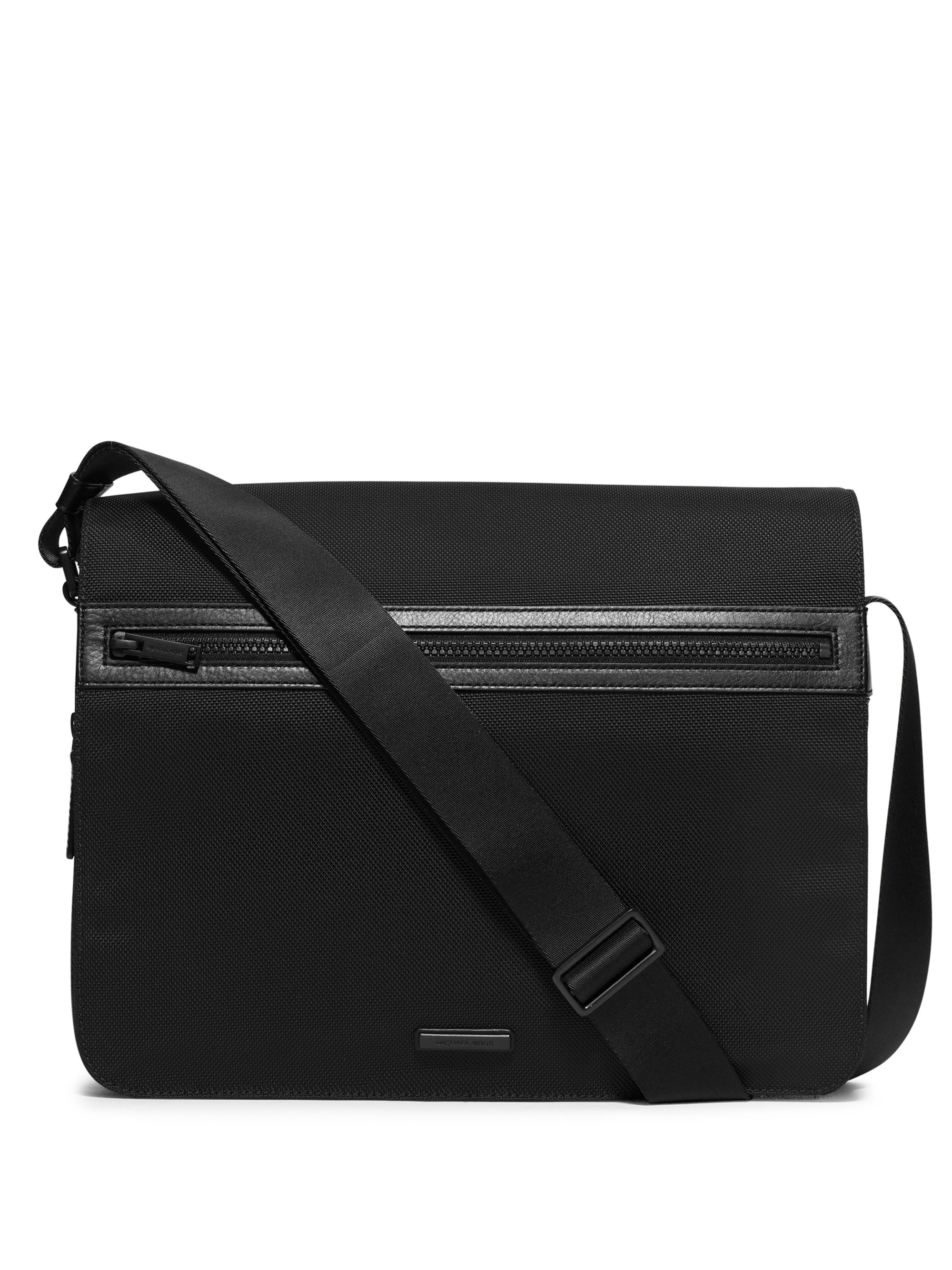 Nylon Messenger Bag Black 38