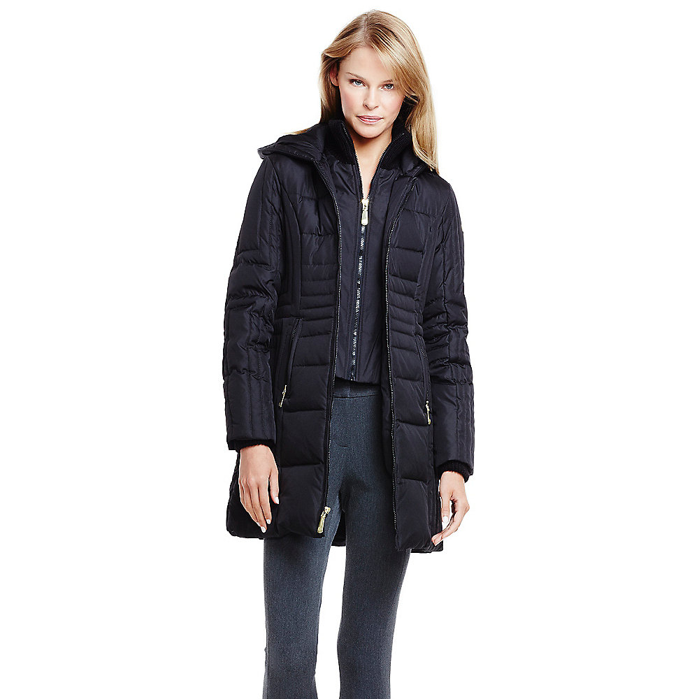 Vince camuto Faux Fur Hood Linear Quilted Down Coat in Black | Lyst