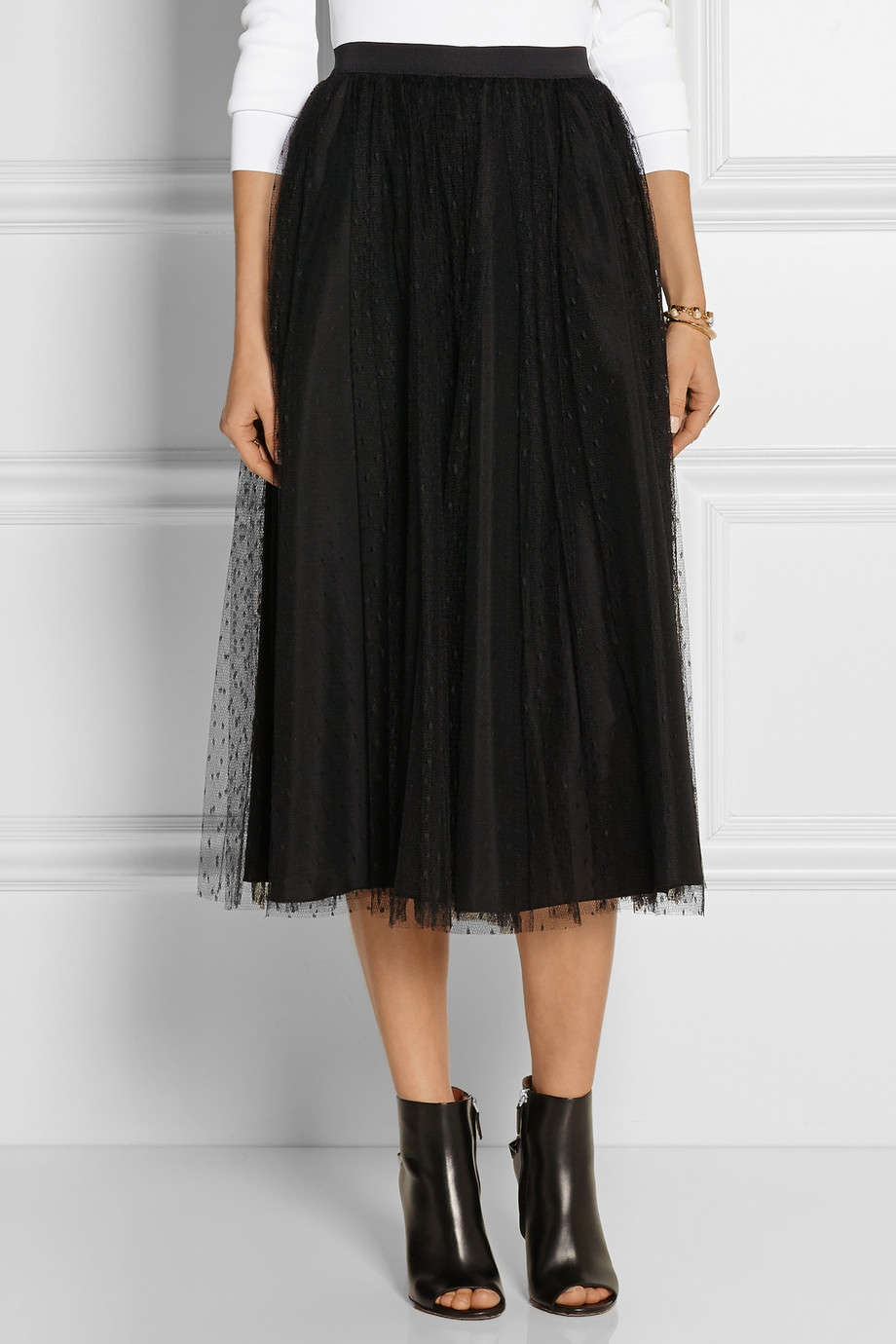 8760c41c754 Tulle D esprit Skirt Red In Black Lyst Point Valentino Midi nPOk0w