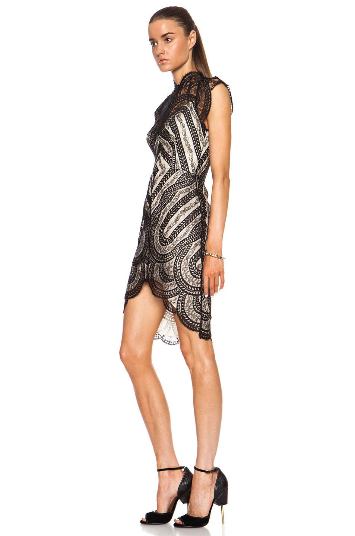 Black dress venus 1500