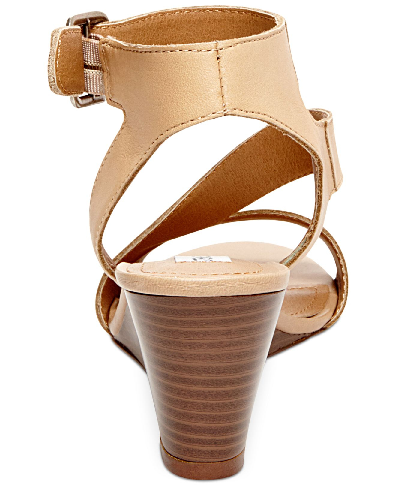 731560d51939 Lyst - Steve Madden Women S Stipend Wedge Sandals in Natural