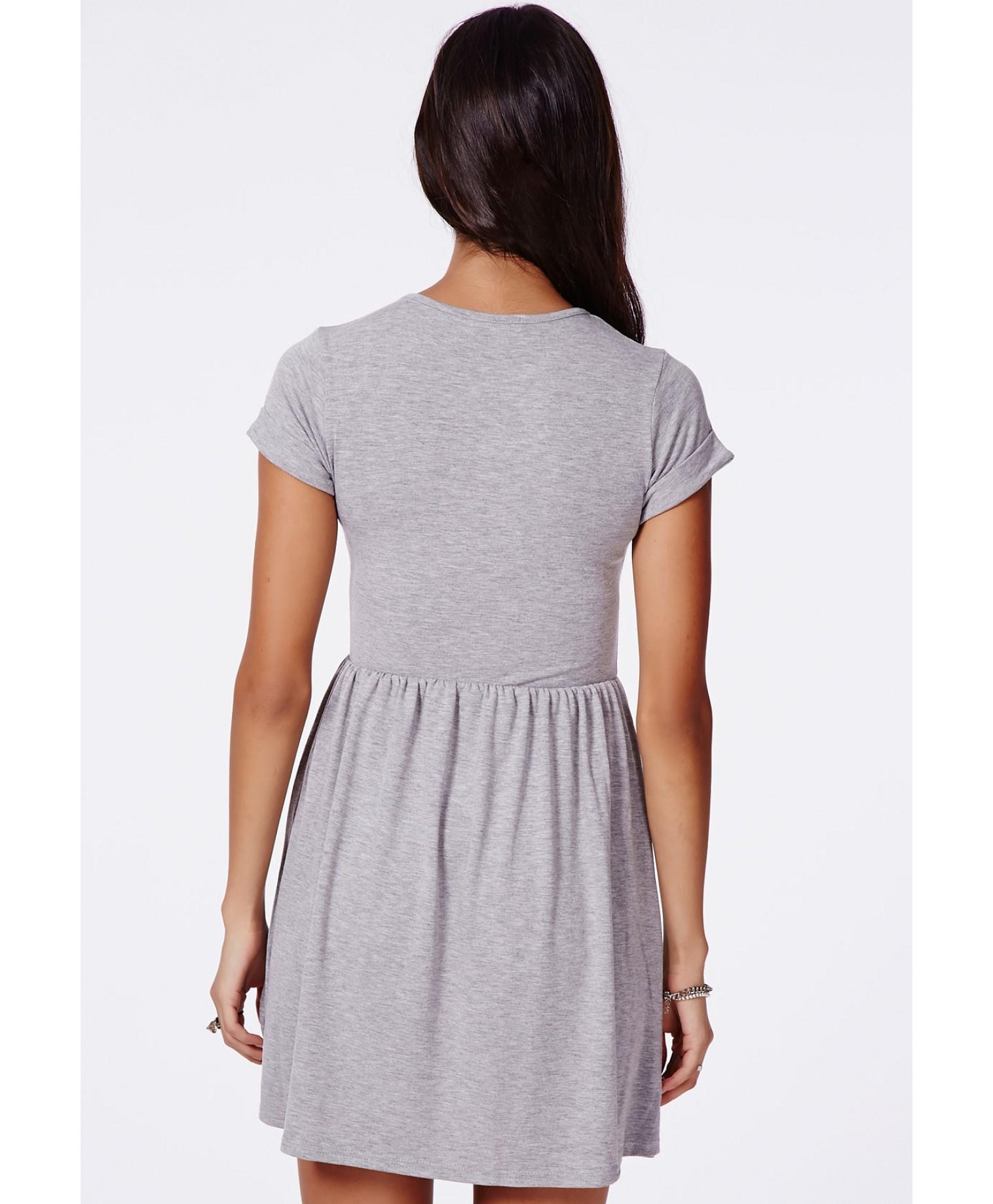 1e6b5128ca Missguided Aliveta T-Shirt Skater Dress in Gray - Lyst
