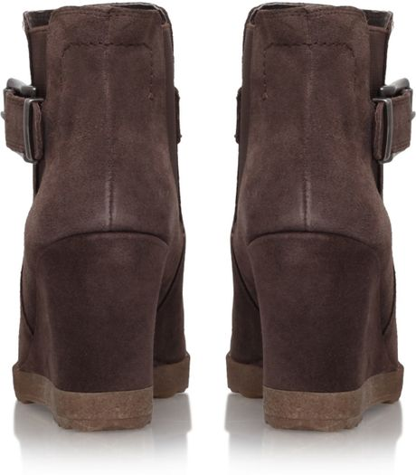vince camuto landri wedge heel ankle boots in brown taupe