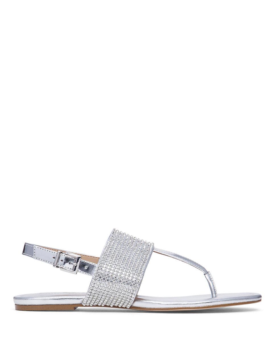 e5f7ff27ccc434 Lyst - Bcbgeneration Wander Thong Sandals in Metallic