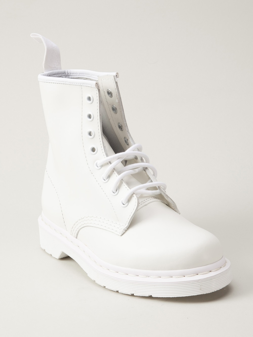 ecebac2e8a48 Dr. Martens Mono 8eye Boot in White - Lyst