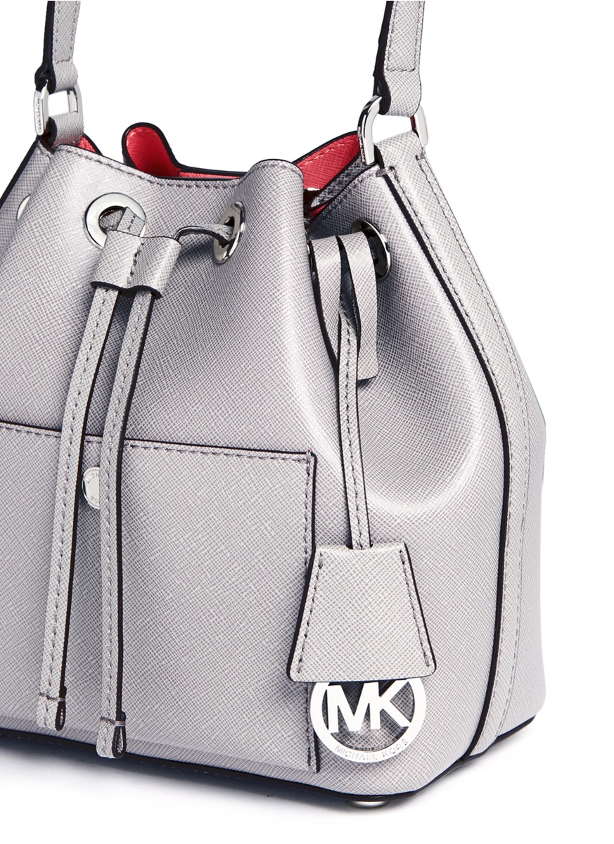 6561c0d90d27 Michael Kors  greenwich  Small Saffiano Leather Bucket Bag in White ...