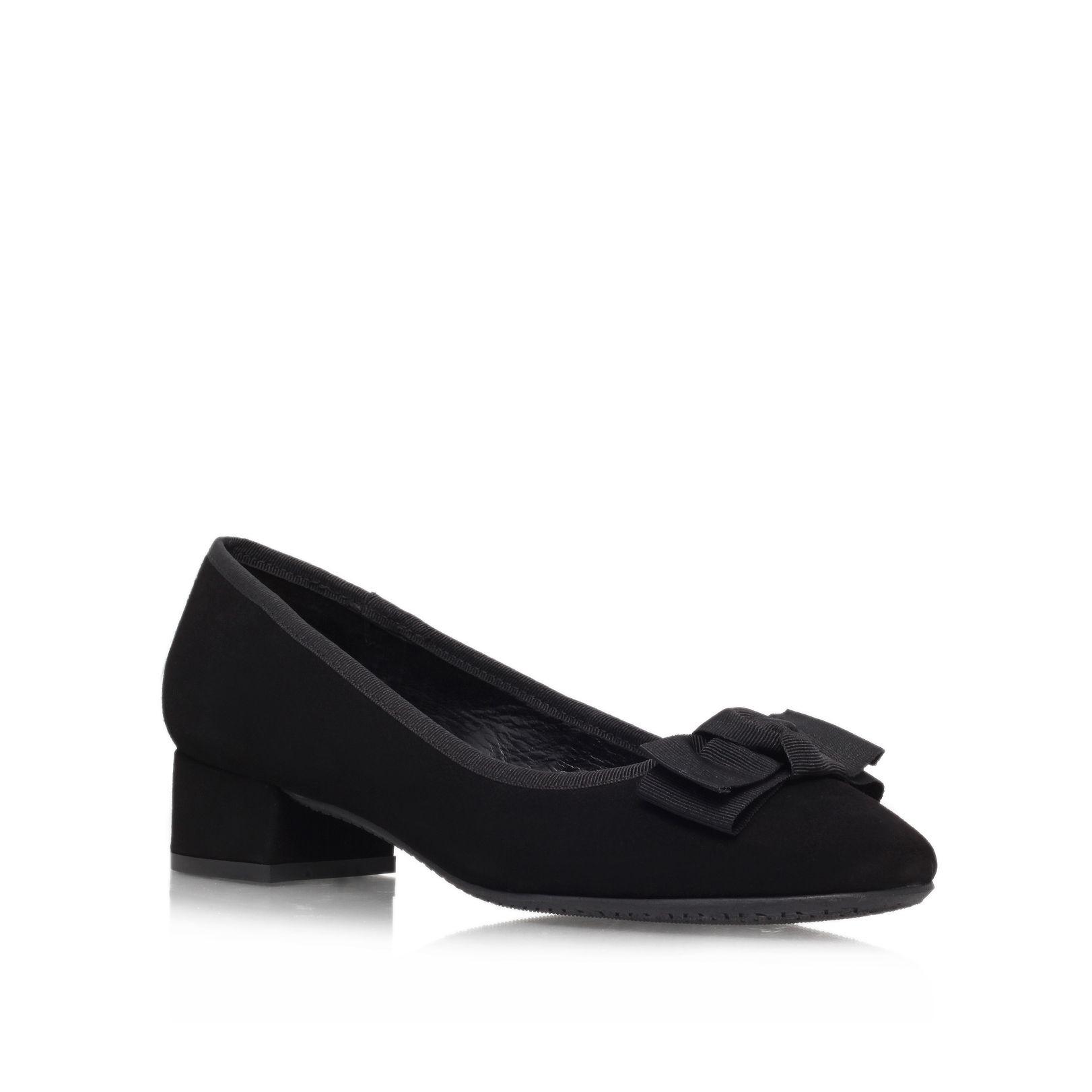 carvela kurt geiger aggie court shoes in black lyst