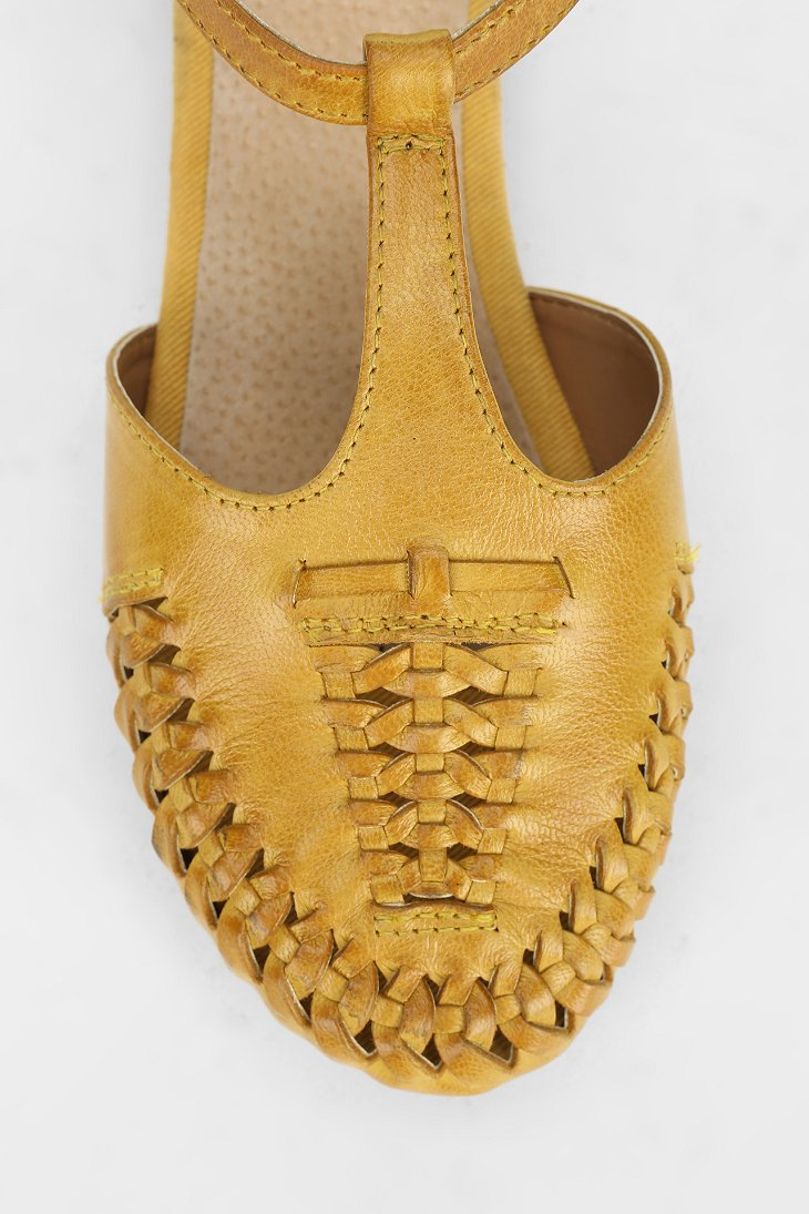 Lyst Seychelles Cayenne Flat In Yellow