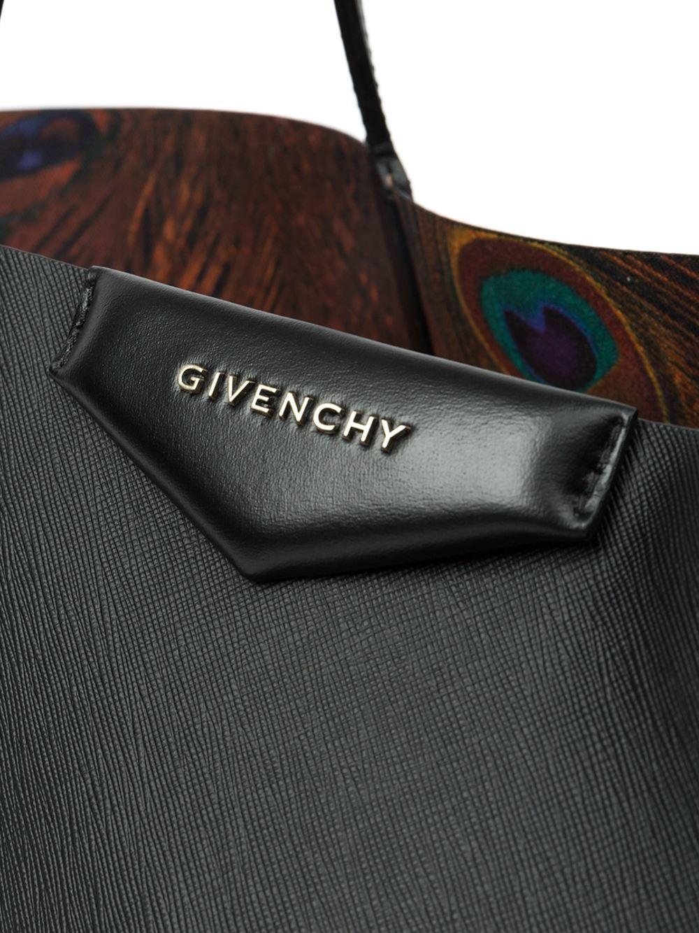 107c1fcfa7 Gallery. Previously sold at: Farfetch · Women's Givenchy Antigona