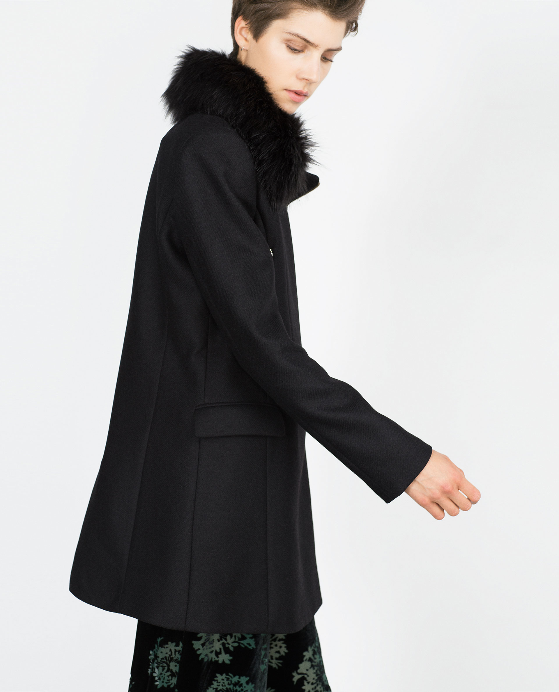 Zara Coat With Faux Fur Collar in Black | Lyst