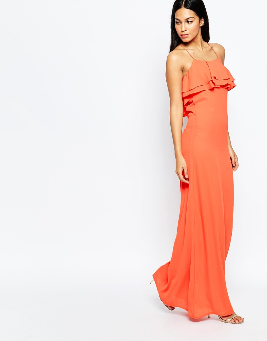 Dresses color coral for club