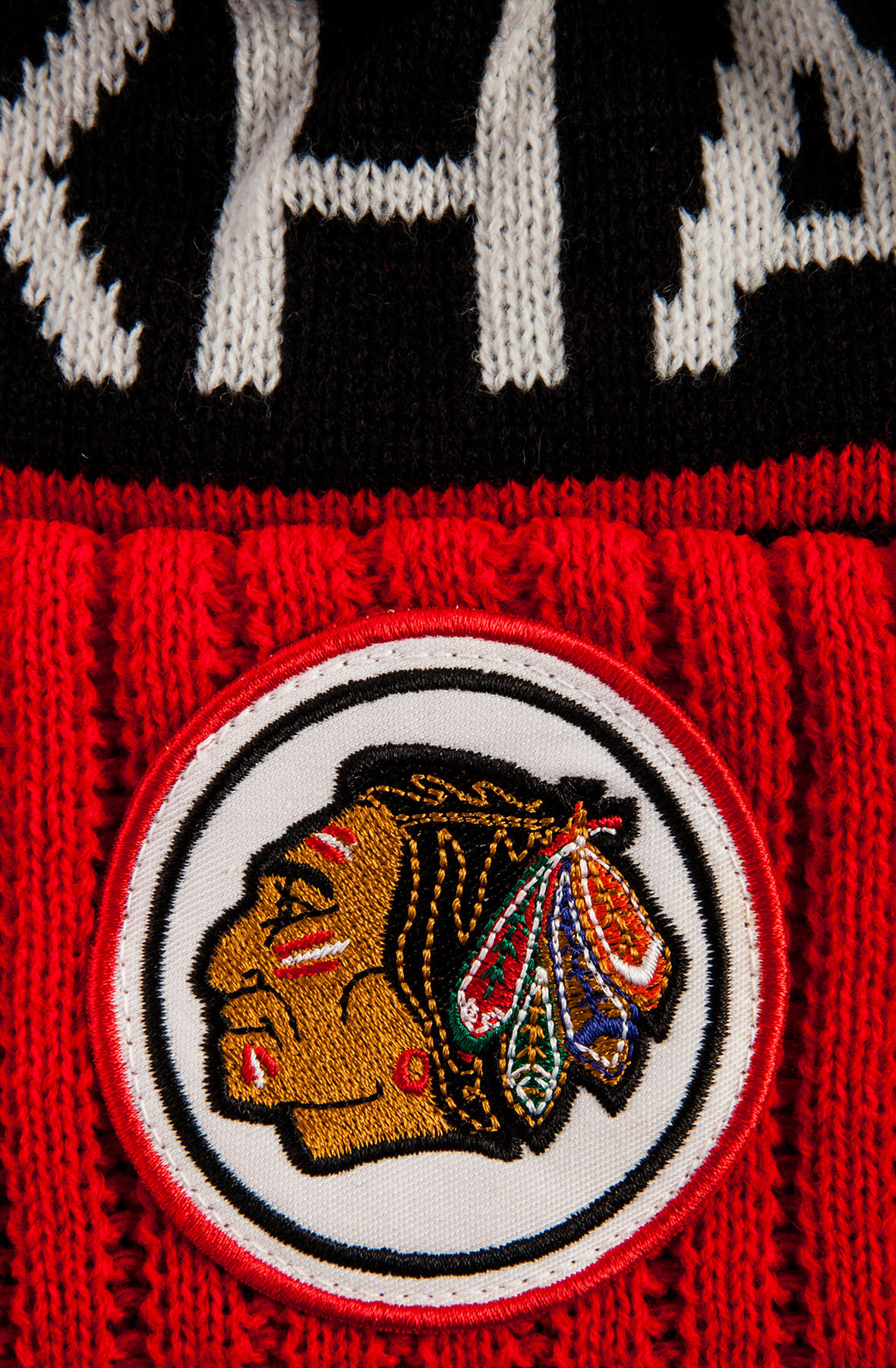 ac6f3bc3e39 Lyst - Mitchell   Ness The Chicago Blackhawks High 5 Beanie in Black ...