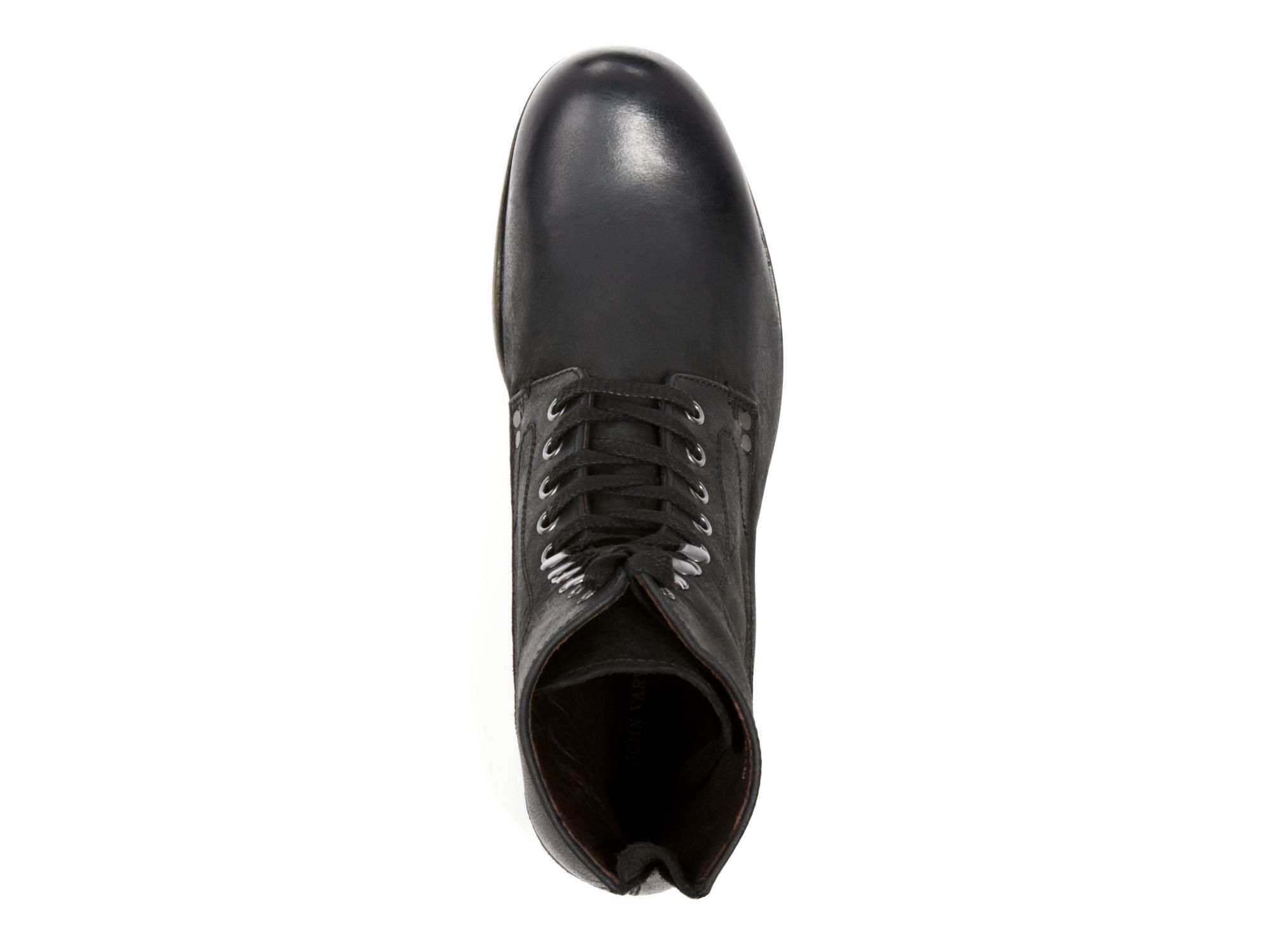 black single men in bonham Simple and sleek, the bonham black 13-inch tall men's exotic boot features a smooth black leather upper accented by an inventive ivory stitch pattern the polished smooth ostrich vamp sports a round toe and standard heel that offer a relaxed fit in the stirrup and its cushion comfort package® has a steel shank for maximum support and durability.