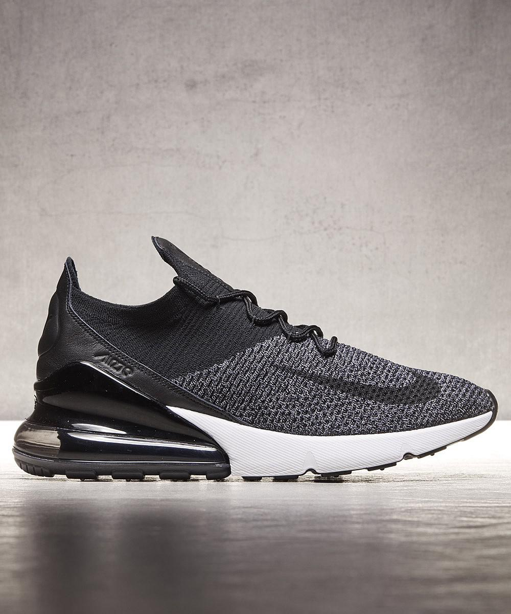 50920e3dc5 Lyst - Nike Air Max 270 Flyknit Trainer in Black for Men