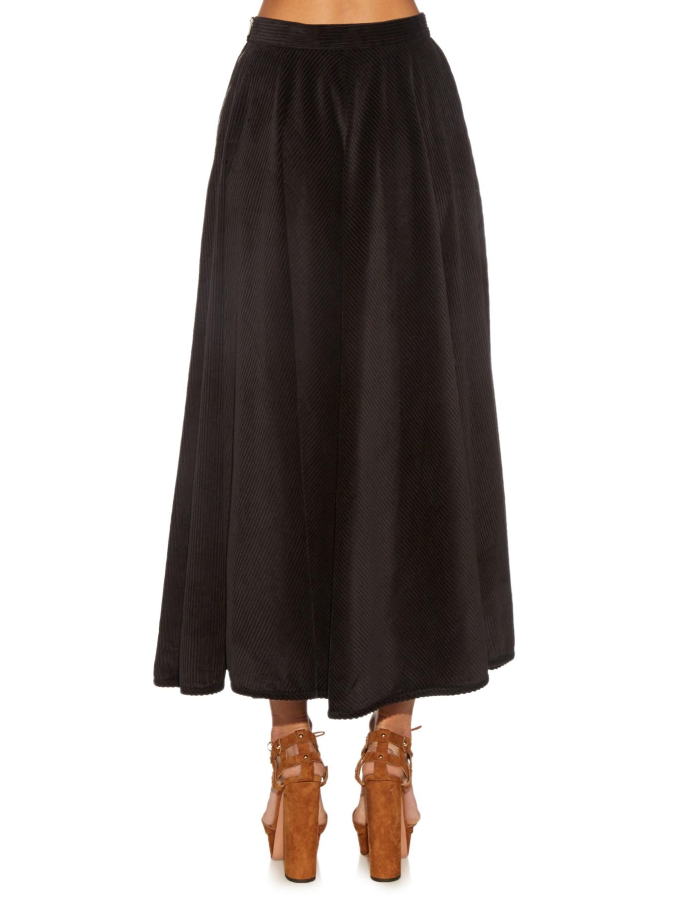 comey circle wide wale corduroy midi skirt in black