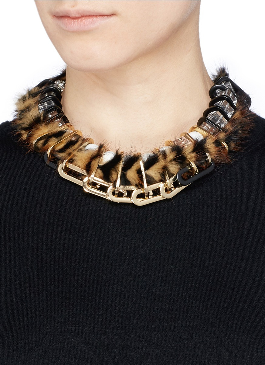Venna Faux Fur Chain Link Choker Necklace In Brown Lyst
