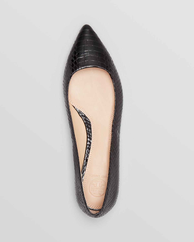 188efbd4b36c ... best price lyst tory burch pointed toe flats bedford snakeskin in black  b8679 77fd3