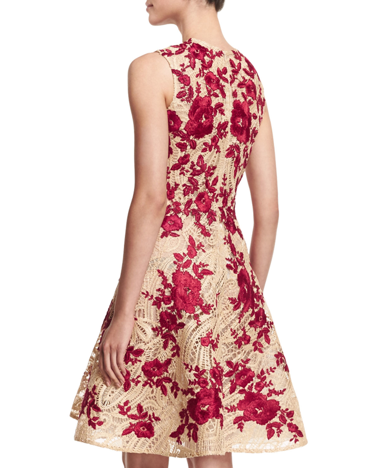 Naeem Khan Floral Embroidered Raffia Lace Dress In Red