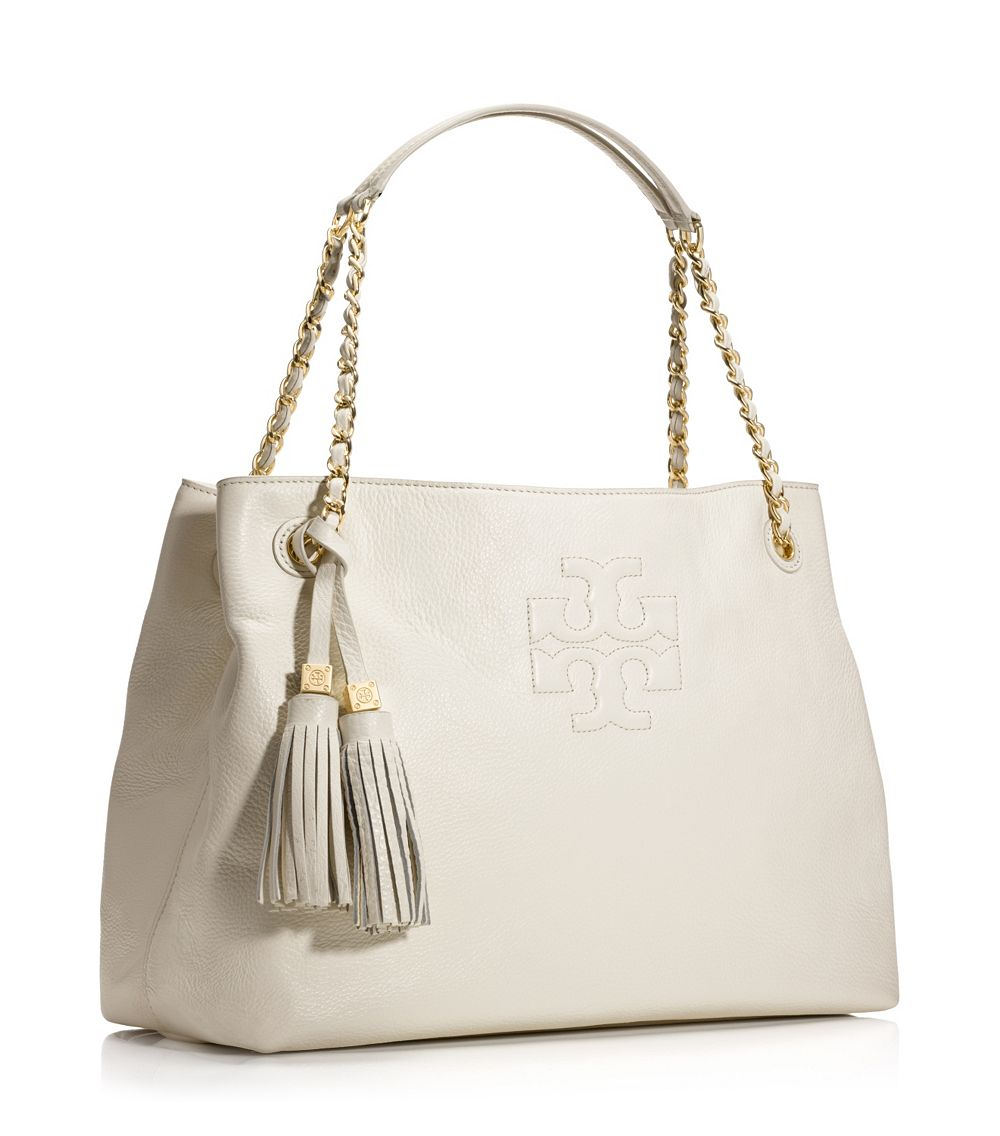 fc6899ec05f Lyst - Tory Burch Thea Chain Shoulder Slouchy Tote in White
