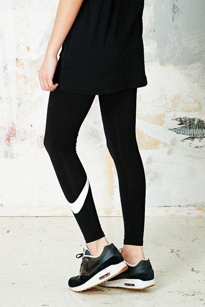 nike just do it leggings in black in black lyst. Black Bedroom Furniture Sets. Home Design Ideas