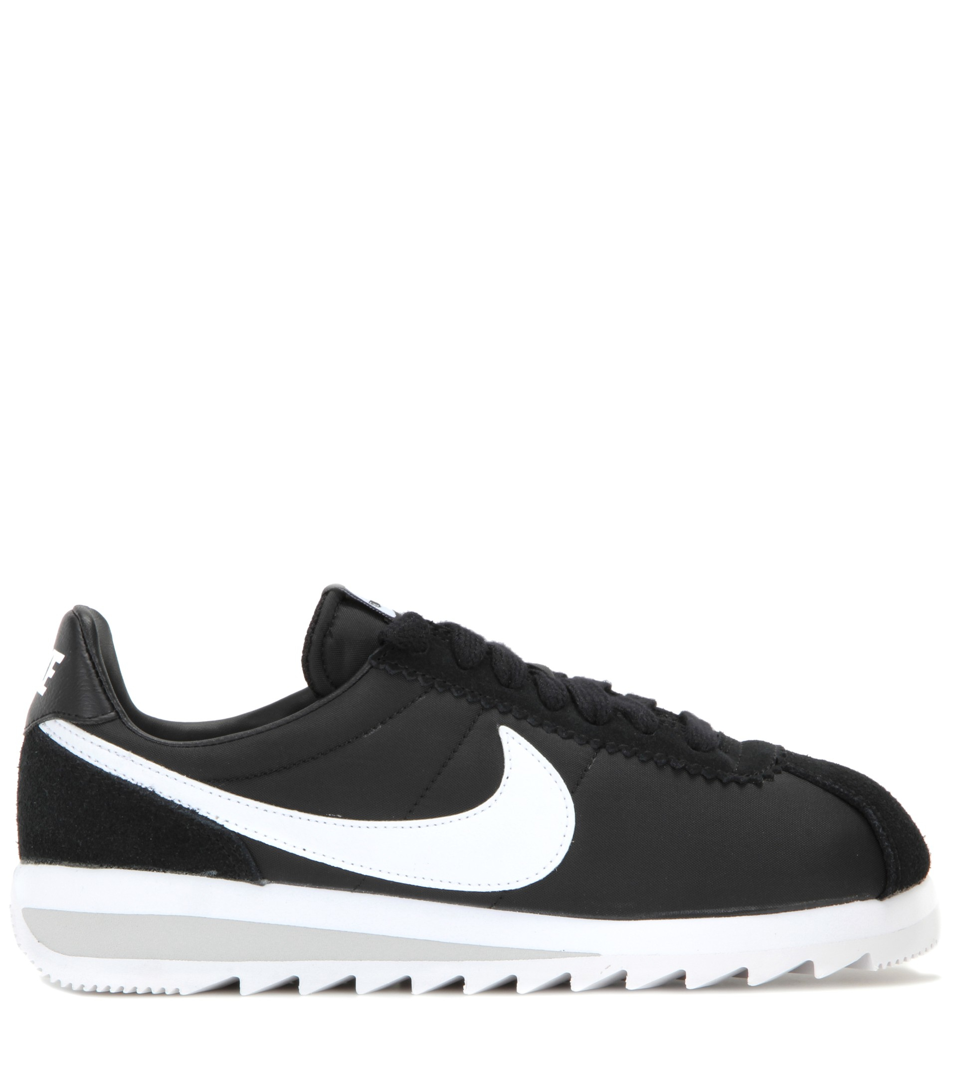 new product 62db3 209d0 Nike Classic Cortez Epic Sneakers in Black - Lyst