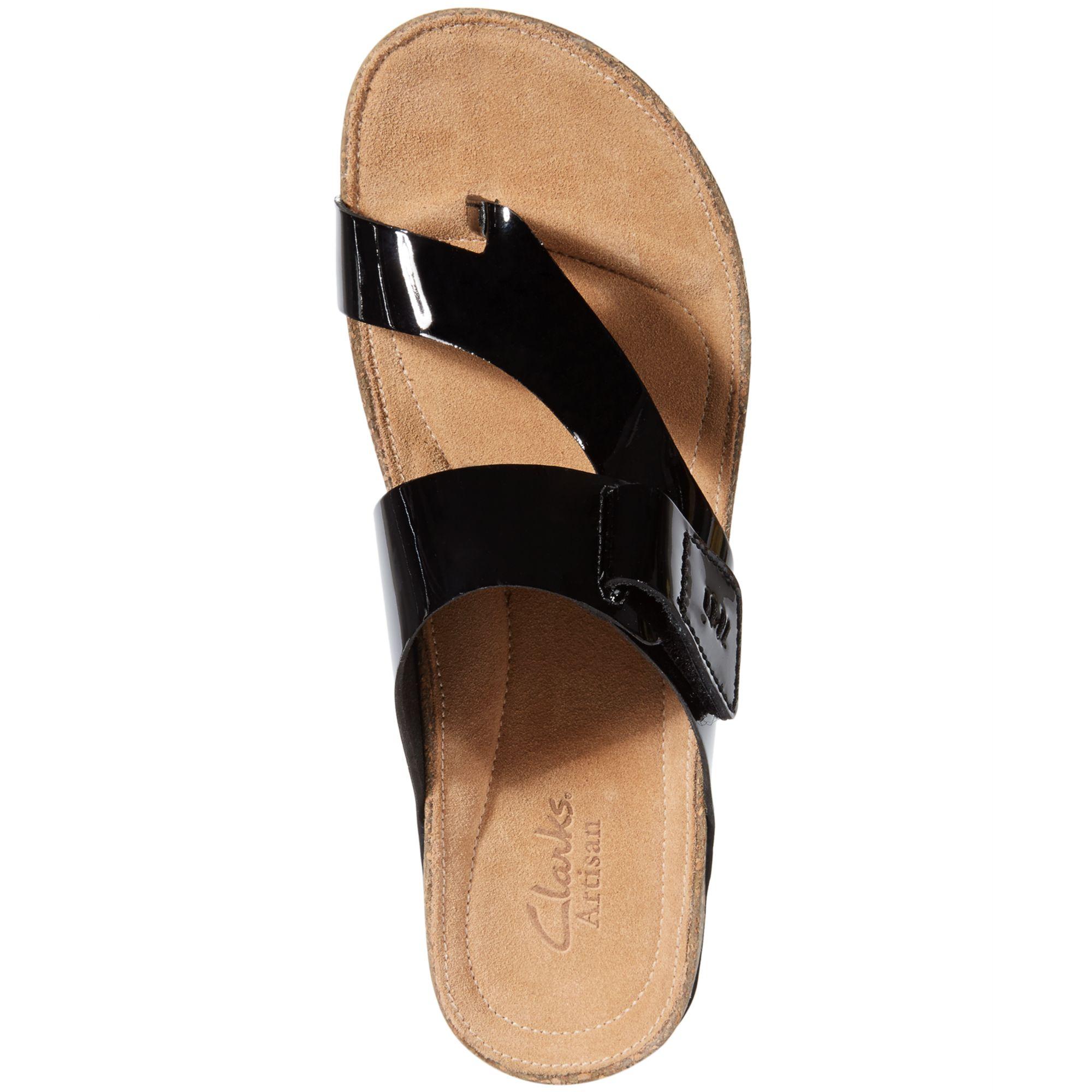 7fa46e35a5c9d6 Lyst - Clarks Womens Artisan Perri Coast Footbed Sandals in Black