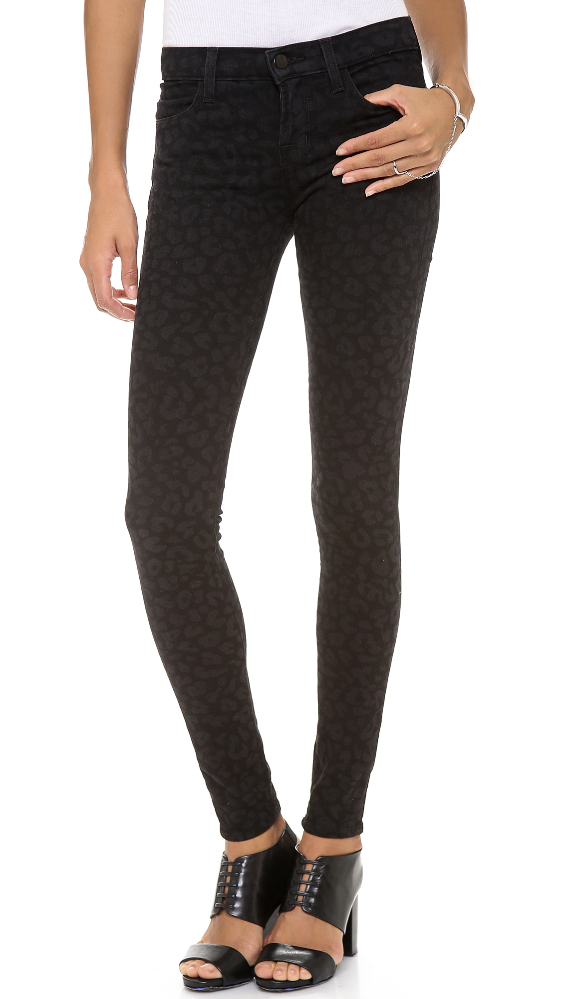 J brand 620' mid rise skinny jeans (blackout)