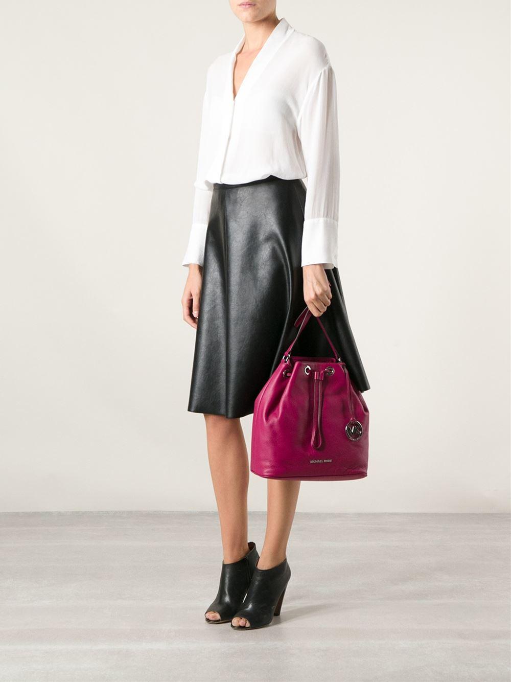 michael kors jules large drawstring shoulder bag in pink. Black Bedroom Furniture Sets. Home Design Ideas