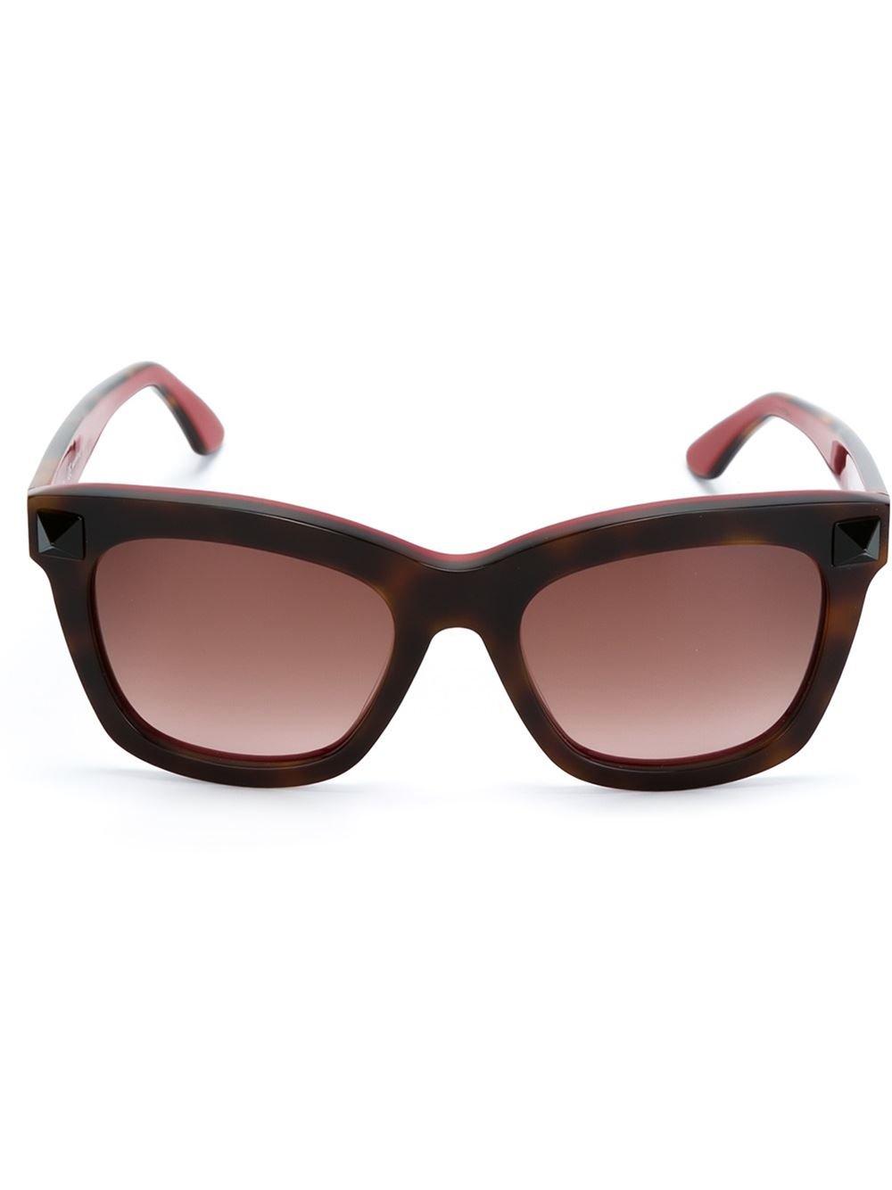 e1dbe2afd6d Valentino   39 rockstud  39  Sunglasses in Red