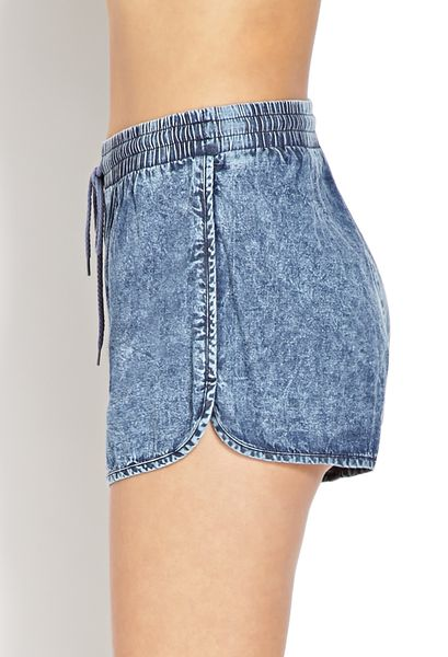 Forever 21 Acid Wash Dolphin Shorts in Blue (Denim washed) | Lyst