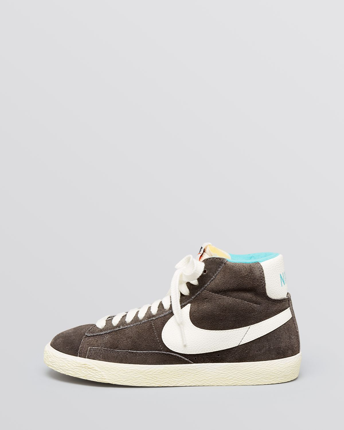 nike blazer mid leather vintage ladies hi-tops