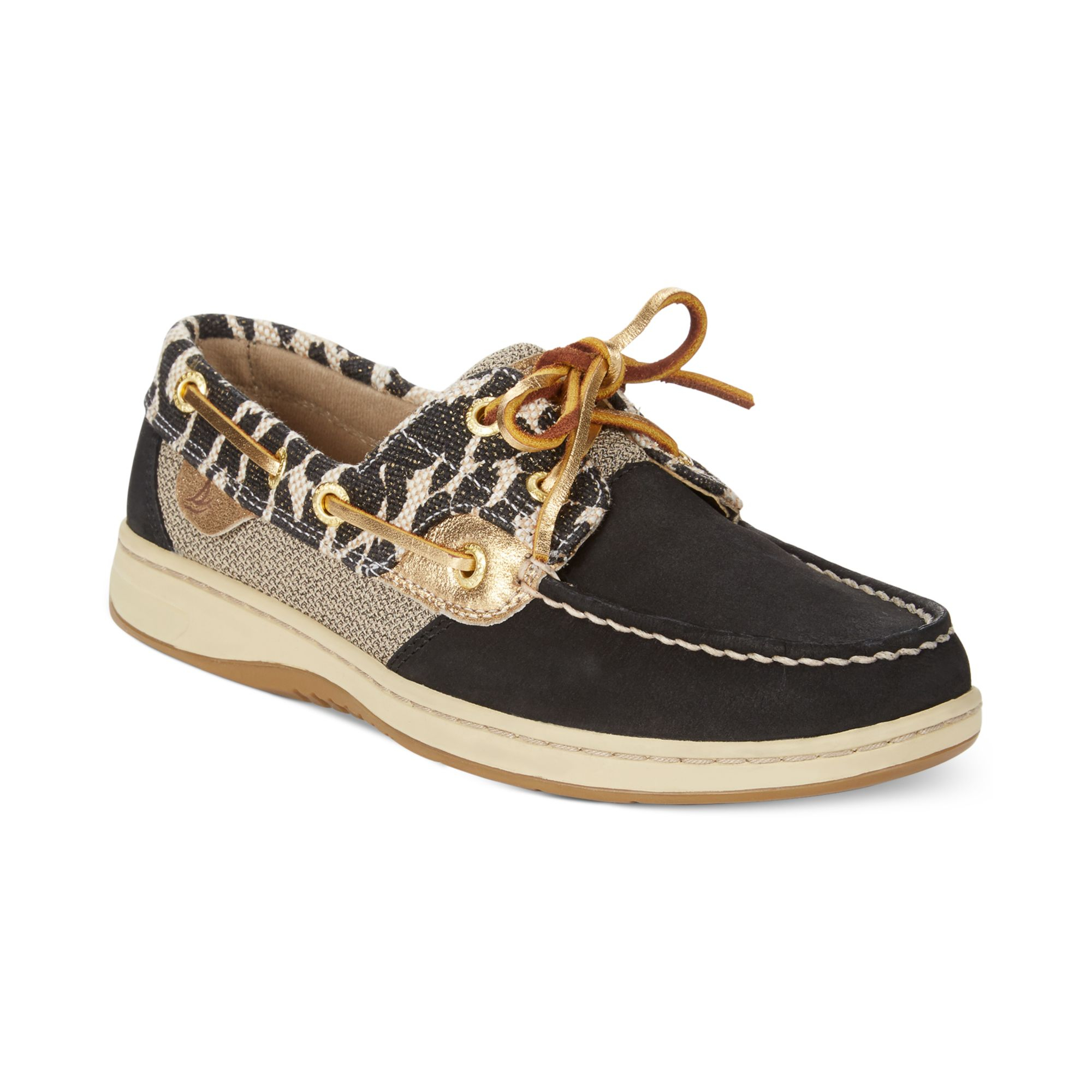 The Classic Appeal of Sperry Boat Shoes. Experience the unique style and comfort of Sperry® shoes at DICK'S Sporting Goods. Find Sperrys® shoes in a variety of designs for boating, water sports, casual wear and much more.