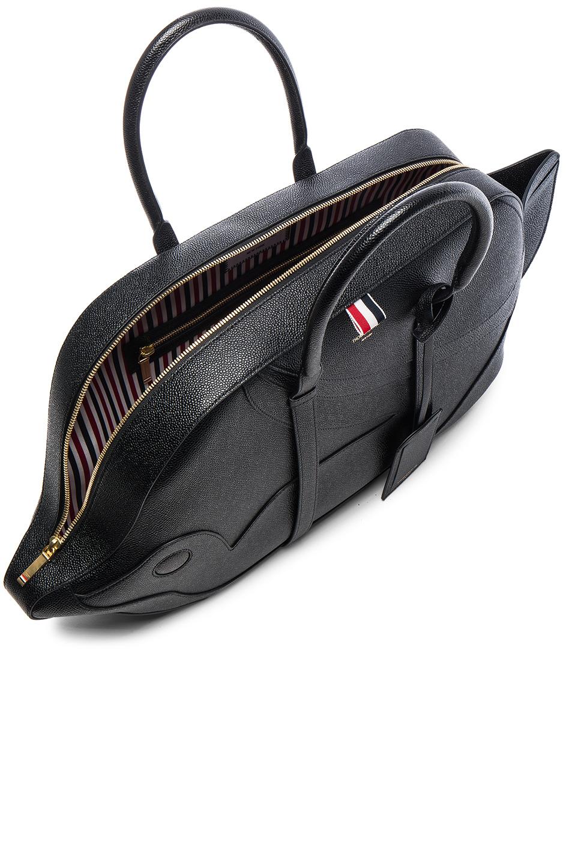 a240ccd8100 Thom Browne Pebble Grain Trigger Reef Fish Bag in Black - Lyst