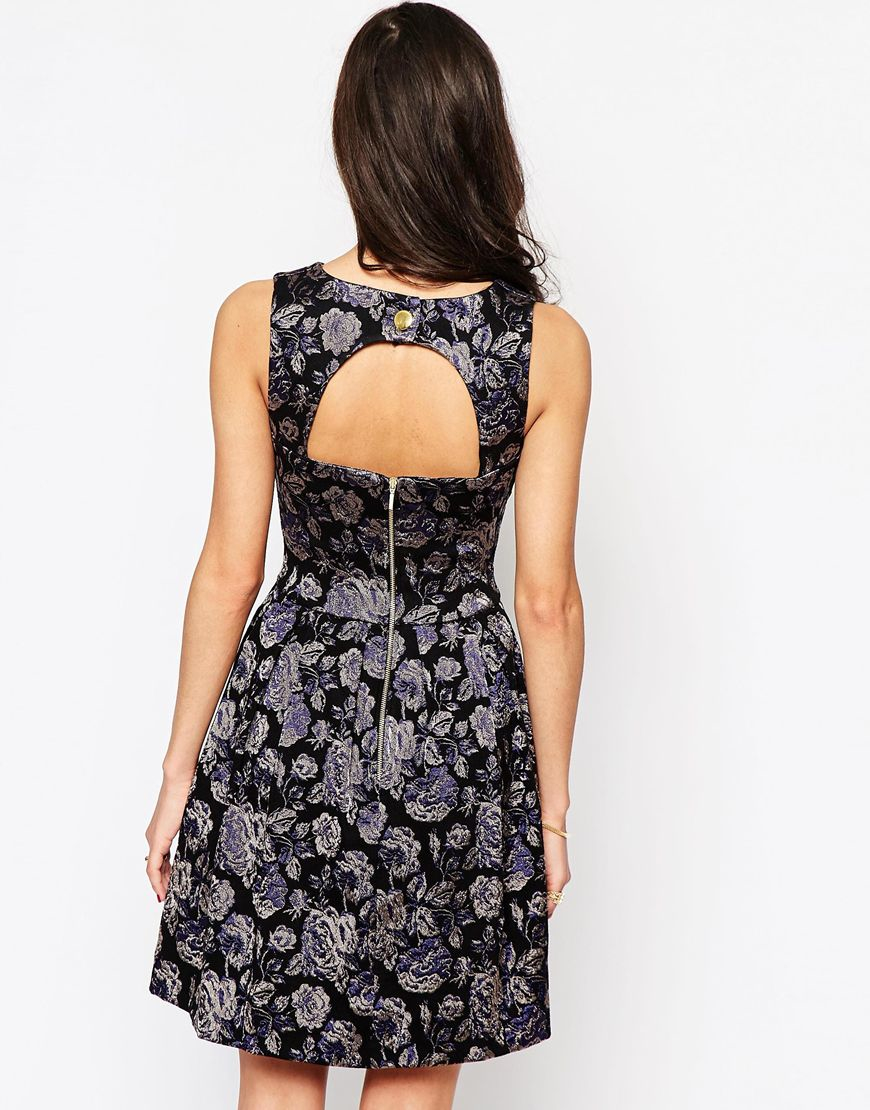 Closet jacquard skater dress with cut out back in black purpleblack