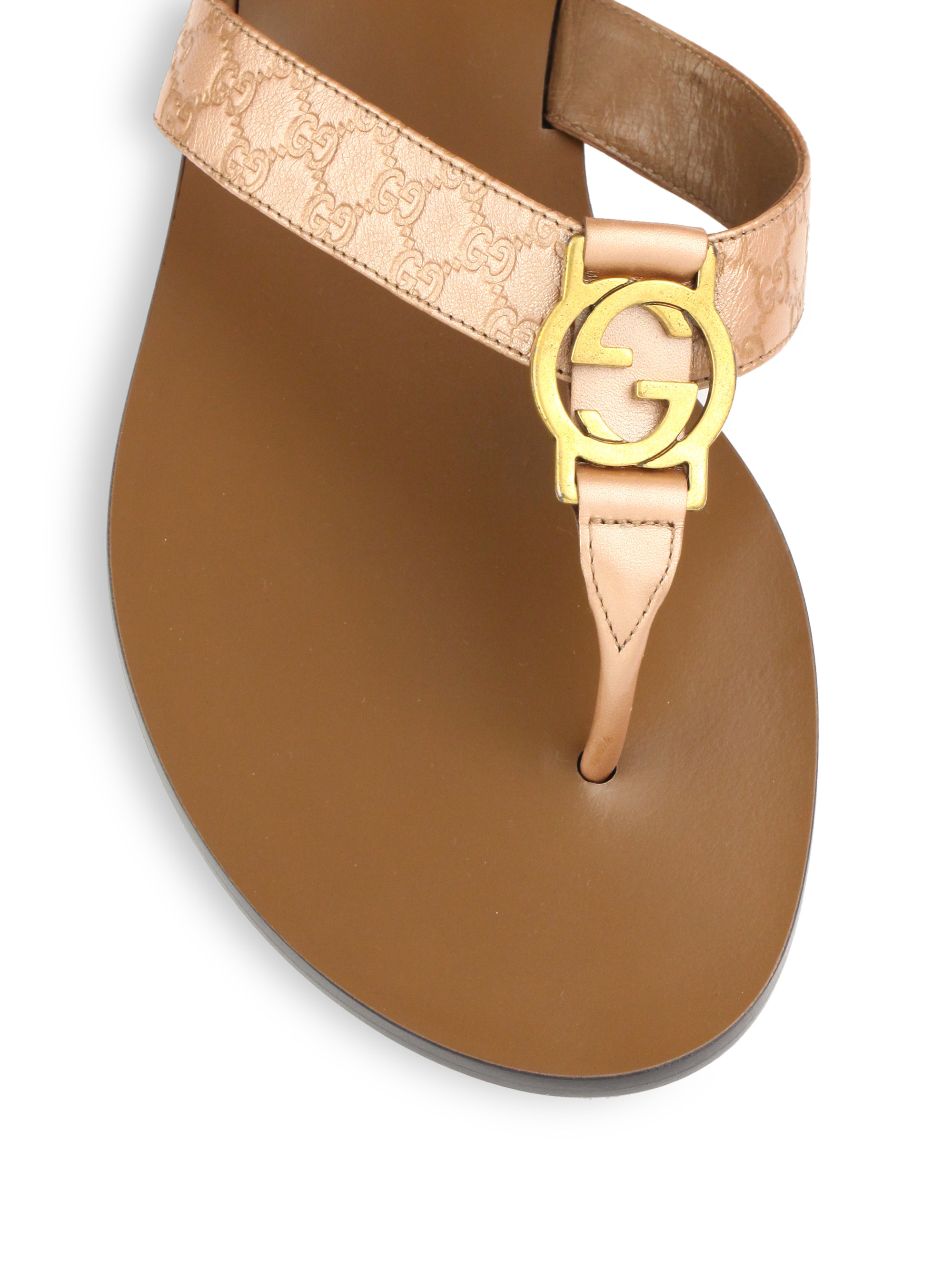 103c722b4f7 Gucci Gg Patent Leather Thong Sandals in Natural - Lyst