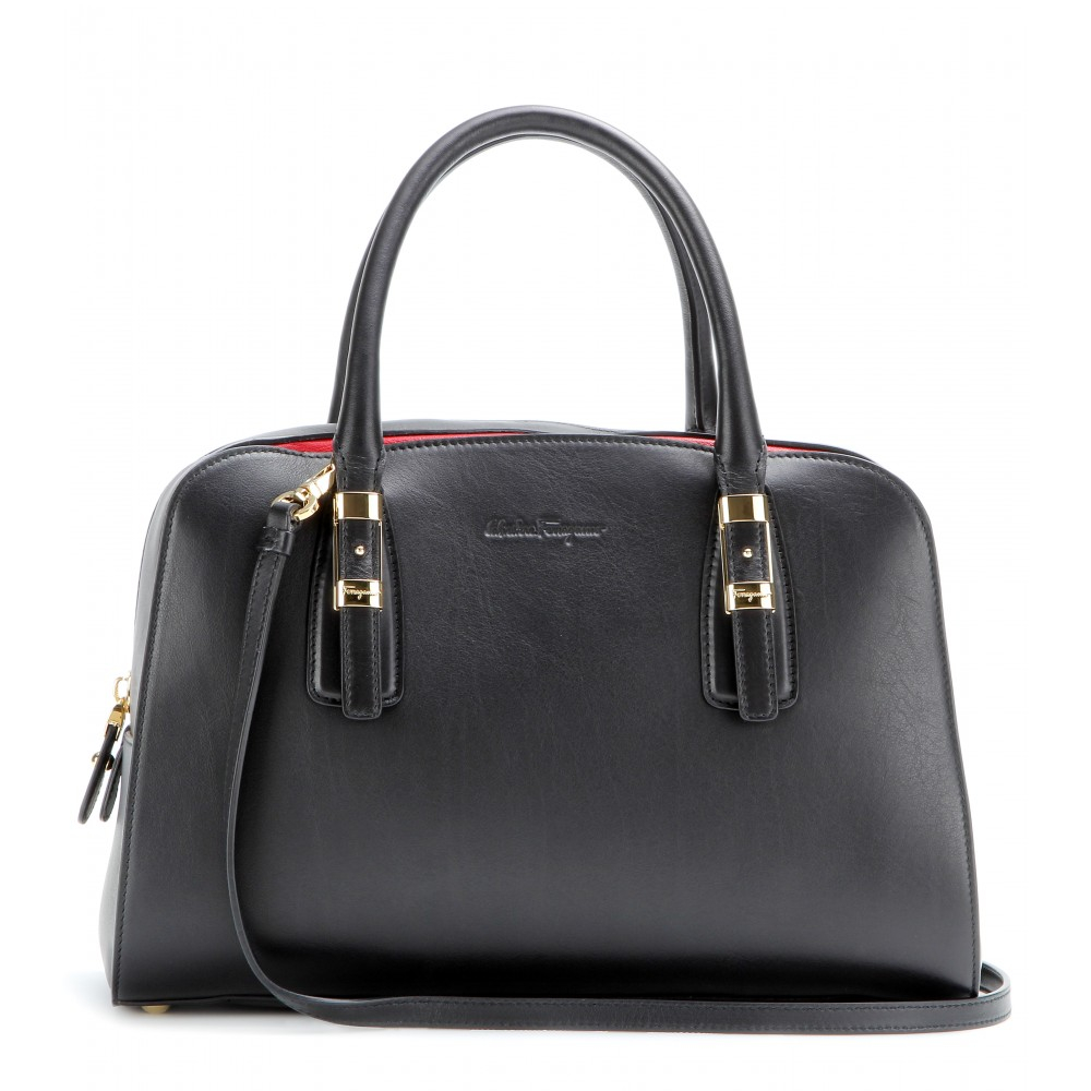 8e261aa7568 Ferragamo Emmy Leather Tote in Black - Lyst